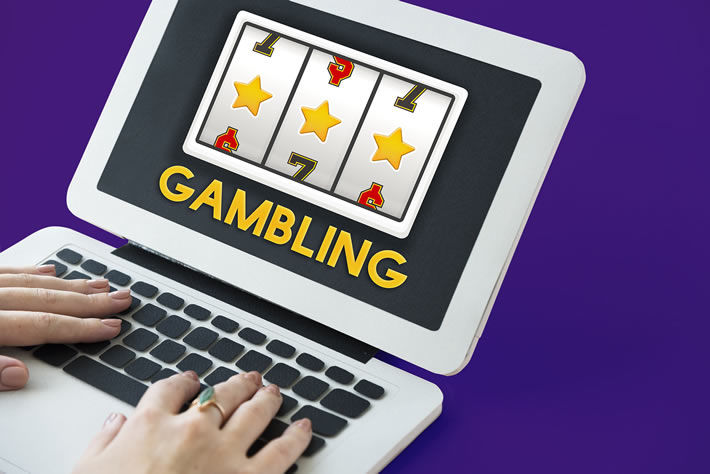 Online Social Casinos - Instant Withdrawals